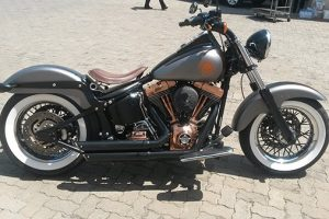 Softail-Delux-2005-right
