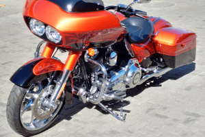 Road King to Road Glide Conversion4